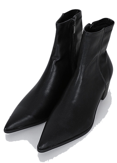 Roof top spanned middle-heel ankle boots