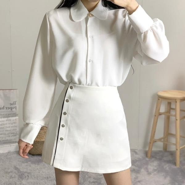 Rookie pearl one-button blouse