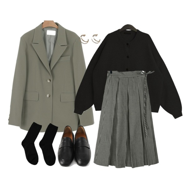 somedayif mood over fit jacket (2colors),TODAY ME 퍼시 가디건,daily monday Gingham check wrap skirt등을 매치한 코디