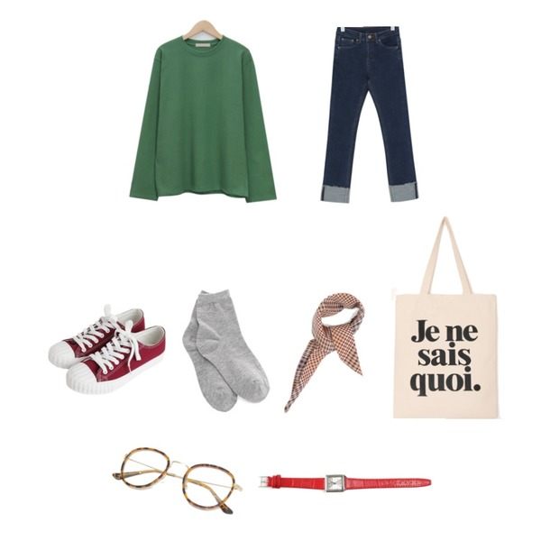 From Beginning Bold frame color glasses_S (size : one),From Beginning Brown stitch roll up pants_J (size : S,M,L)[L : 02월 25일 입고 후 순차적배송],From Beginning Maison round cotton T_M (size : free)등을 매치한 코디