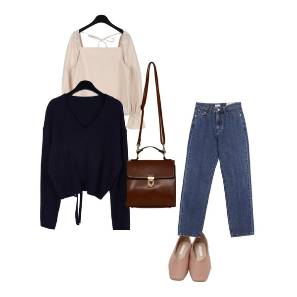 From Beginning Sharp square flat shoes_K (size : 230,235,240,245,250),daily monday Ribbon crop knit,daily monday Puff square neck blouse등을 매치한 코디