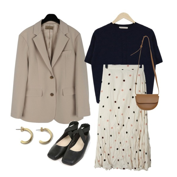 daily monday Crease dot long skirt,daily monday Modern simple single jacket,acomma 에덴 반팔 울 - nt (4COLOR)등을 매치한 코디