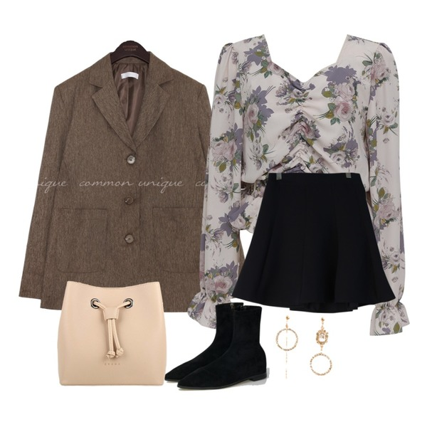 GIRLS RULE 하이 절개 플레어스커트 (sk1732),common unique [OUTER] MARO HERRINGBONE SINGLE JACKET,From Beginning Shirring crop floral blouse_S (size : free)등을 매치한 코디