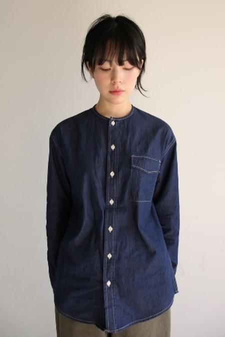 non-collar denim shirt