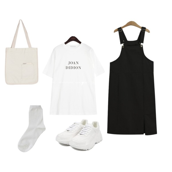 TODAY ME 파니 멜빵 원피스,openthedoor candy platform sneakers (5 color),common unique JOAN LETTERING 1/2 T등을 매치한 코디