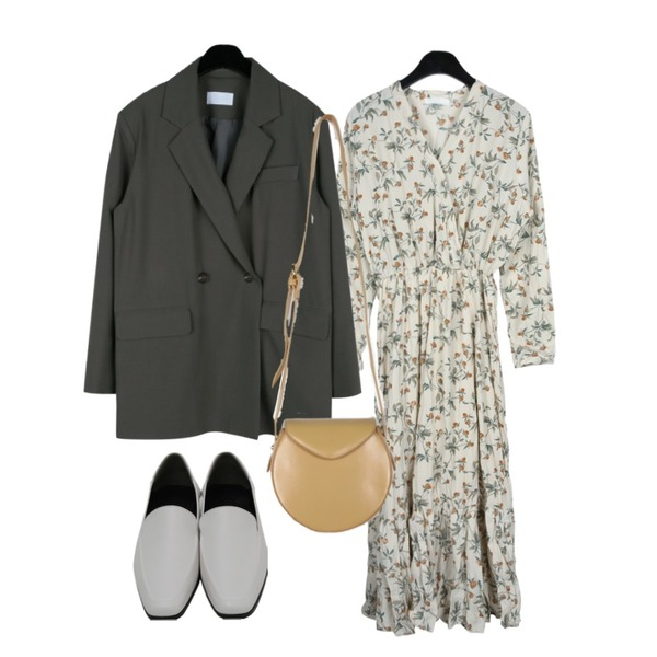 daily monday Lavender crease dress,daily monday Modern one button jacket,daily monday Incomplete circle shoulder bag등을 매치한 코디