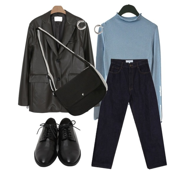 From Beginning Maintain hard loafer_S (size : 230,235,240,245,250),AFTERMONDAY daily slim fit wave top (4colors),peachpicnic 생지 스트레이트 팬츠등을 매치한 코디