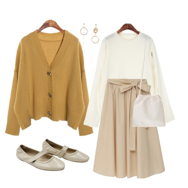 ROCOSIX 미우 베이직 니트,ROCOSIX button cardigan two-piece,From Beginning Lily cotton flare skirt_S (size : free)등을 매치한 코디