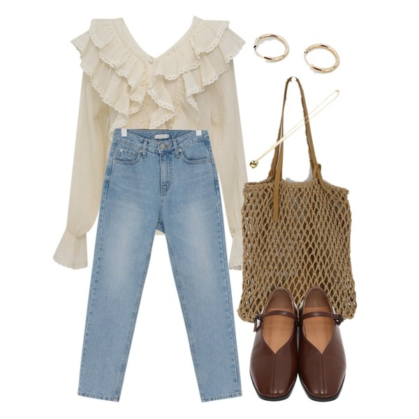 From Beginning Bright slim straight jean_B (size : S,M),From Beginning Heart punching frill blouse_K (size : free),somedayif summer indiana bag (3colors)등을 매치한 코디