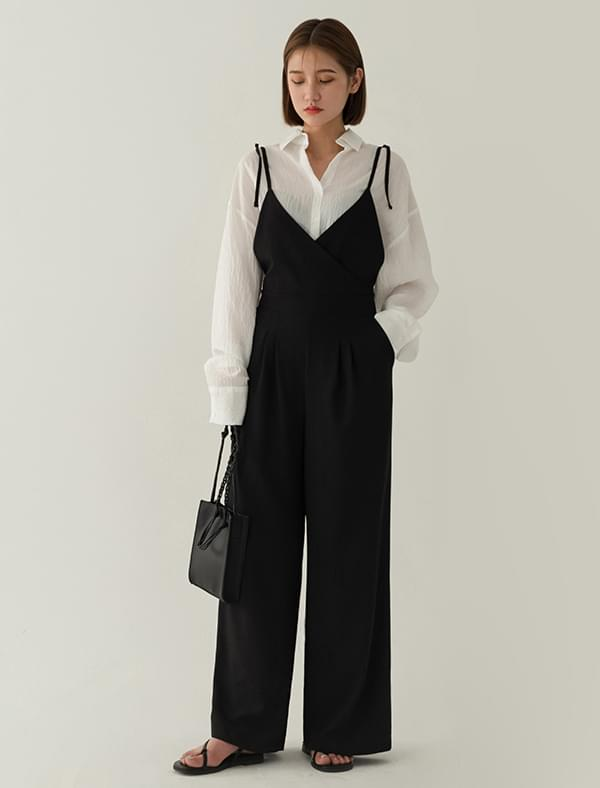 feminine wide fit jump suit