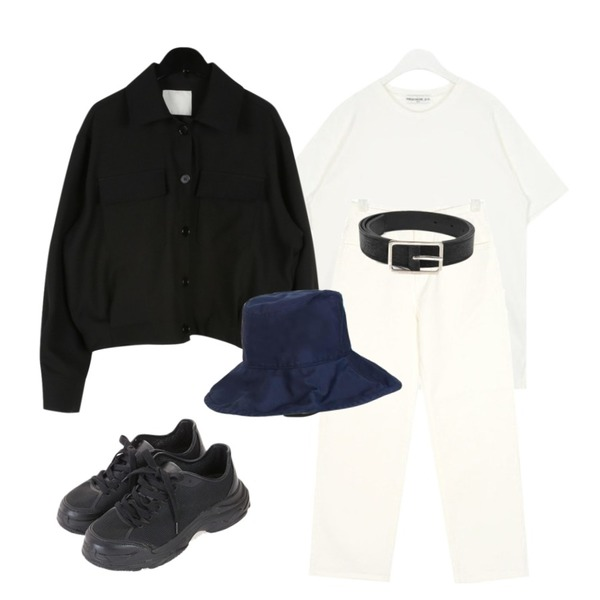 AIN thin square frame belt,AIN FRESH A powder half T,AIN below straight cotton pants (s, m, l)등을 매치한 코디