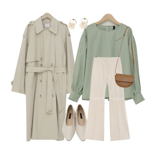 From Beginning Latte double trench coat_K (size : free),From Beginning Mild spitz flat shoes_S (size : 225,230,235,240,245,250),From Beginning Youth check balloon blouse_S (size : free)등을 매치한 코디