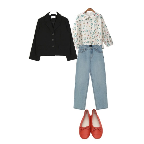 BACHO 레아 퍼프 블라우스,From Beginning High semi wide denim_S (size : S,M,L),From Beginning Stitch ribbon flat shoes_M (size : 230,235,240,245,250)등을 매치한 코디