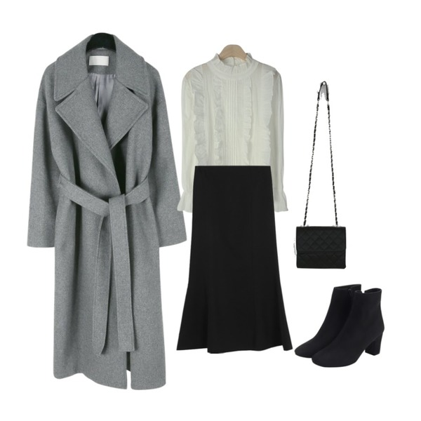 daily monday Wide collar belted wool coat,From Beginning Suede basic ankle boots_K (size : 225,230,235,240,245,250),somedayif cushion chain bag (3colors)등을 매치한 코디
