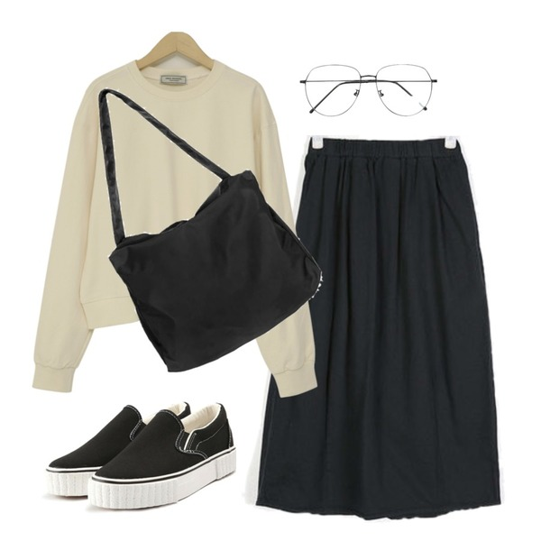 From Beginning Made_top-202_daily crop mtm_S (size : free),AIN have vintage long skirt,openthedoor cross big bag (2 color)등을 매치한 코디