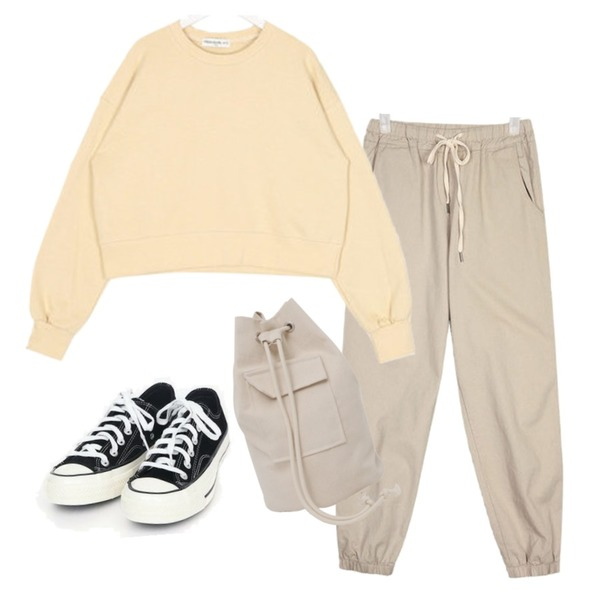 AIN coloring canvas sneakers (225-250),From Beginning Andrew cross canvas bag_Y (size : one),AIN land wearable jogger pants등을 매치한 코디