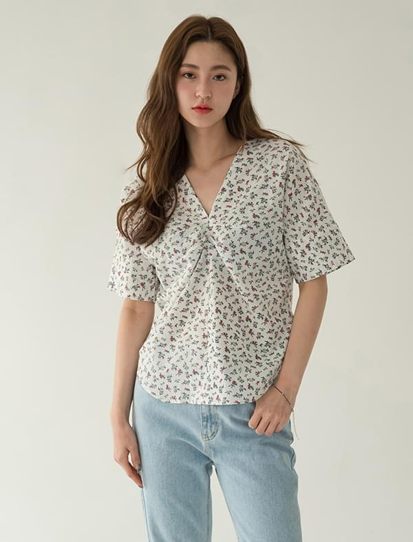 lovely flower shirring blouse