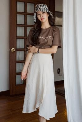 Knit embroidery T-shirt