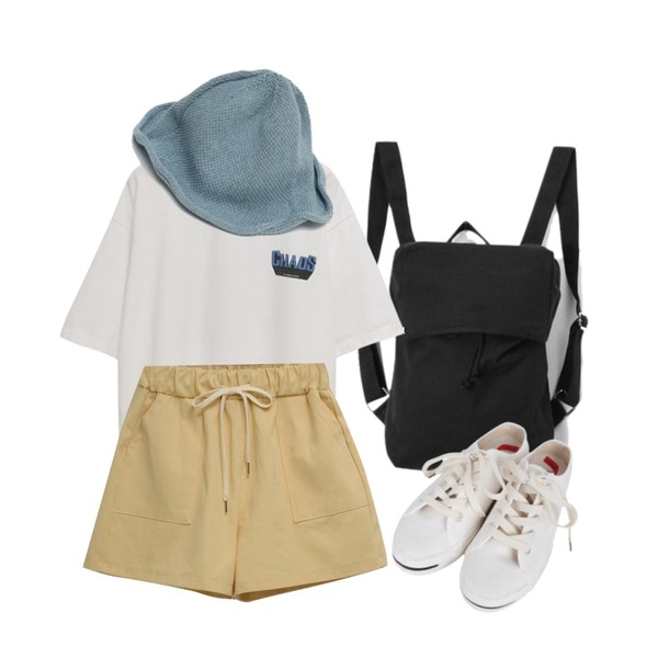 From Beginning Chaos cotton boxy T_S (size : free),AIN ocean cotton daily backpack,From Beginning Joy color cotton shorts_S (size : free)등을 매치한 코디
