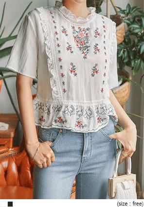 MARJI FLOWER NEEDLE 1/2 BLOUSE