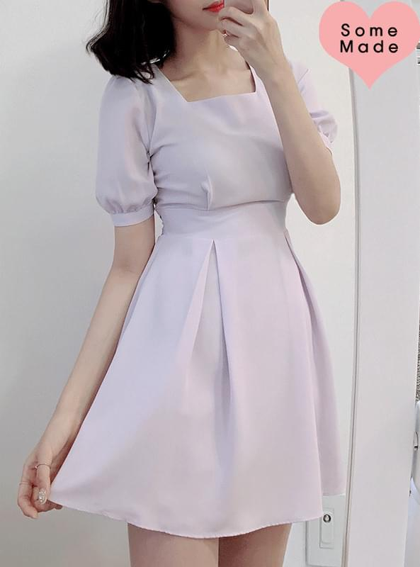 Self-produced, same day shipment ♥ Bell Square Dress