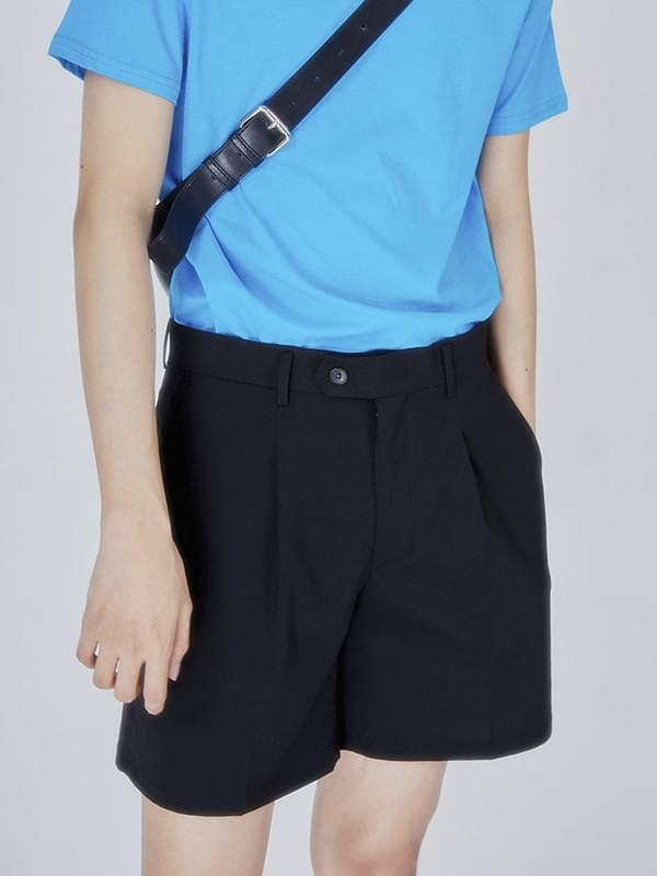button pintuck short pants - men