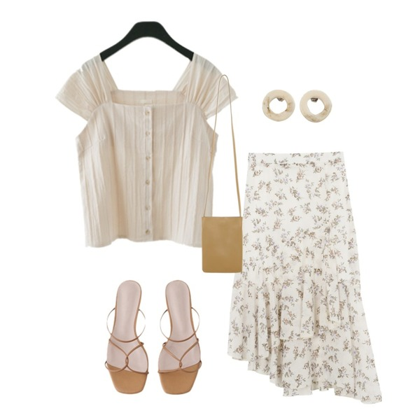 AWAB 플로플릴롱스커트,AFTERMONDAY lovable shell shirring blouse (2colors),AFTERMONDAY strap X detail sandals (4colors)등을 매치한 코디