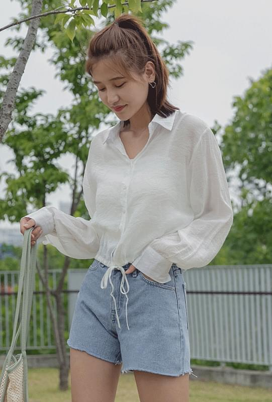 String silky shirt
