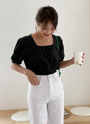 Puff sleeve crop blouse