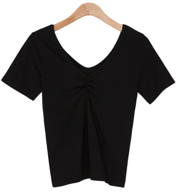 1/2 day tee # 584 V neck front wrinkle shirring tee