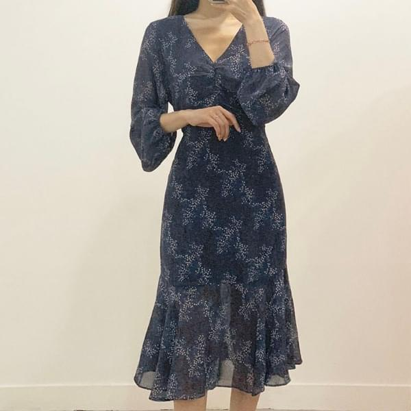 Full Shirring V-neck Flower Long Dress