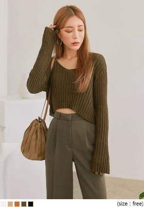 RIVER GOLGI V NECK CROP KNIT