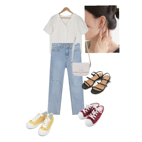 BULLANG GIRL 브이레이스홀BL,common unique NAKE DAMAGE DENIM PANTS,peachpicnic earring 178등을 매치한 코디