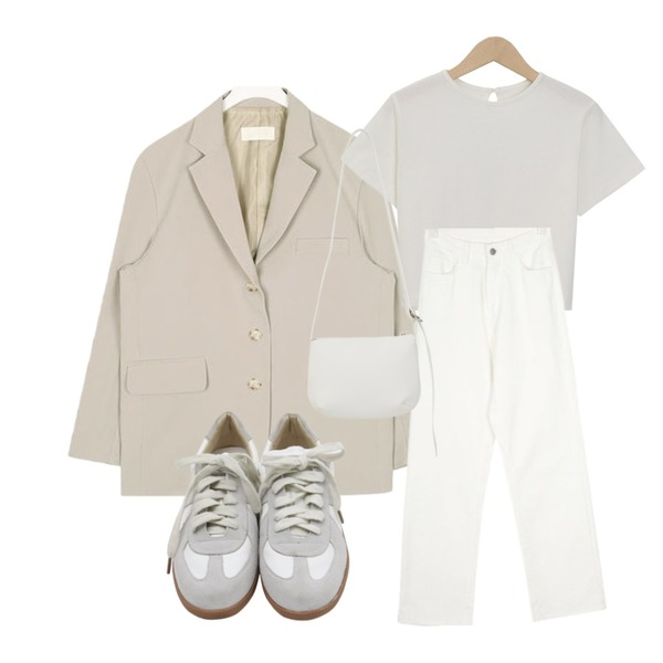 AIN have boxy fit jacket,AIN FRESH A cotton long pants (s, m, l),From Beginning Back button crop T_H (size : free)등을 매치한 코디