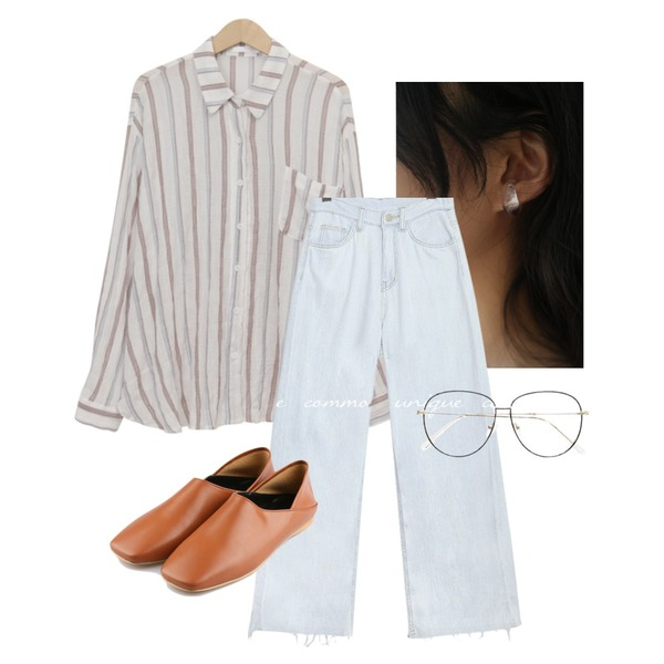 common unique SOLR CUTTING LONG DENIM PANTS,AFTERMONDAY formica hole earcuff (2colors),From Beginning Stripe pocket linen shirts_H (size : free)등을 매치한 코디