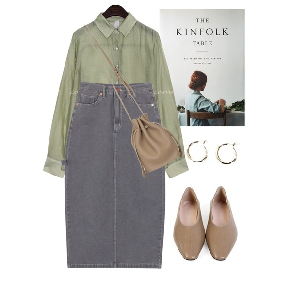 kinfolk table,biznshoe Strap denim long skirt (2colors),common unique KINO SILKY SEETHROUGH BLOUSE등을 매치한 코디