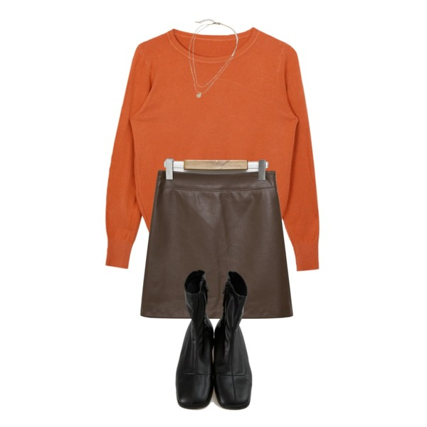 From Beginning Intro mini leather skirt_J (size : S,M),BANHARU useful slim shape ankle boots,MIXXMIX 심플 베이직 라운드 니트등을 매치한 코디