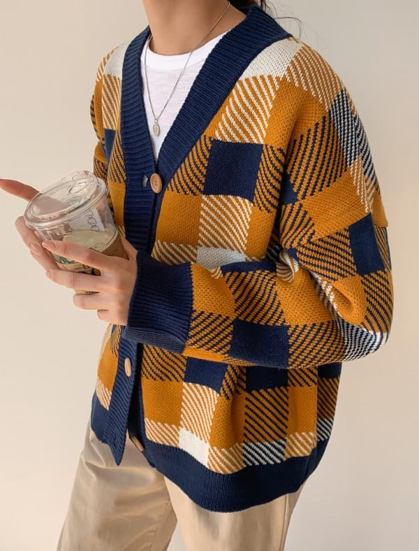 bulky check knit cardigan