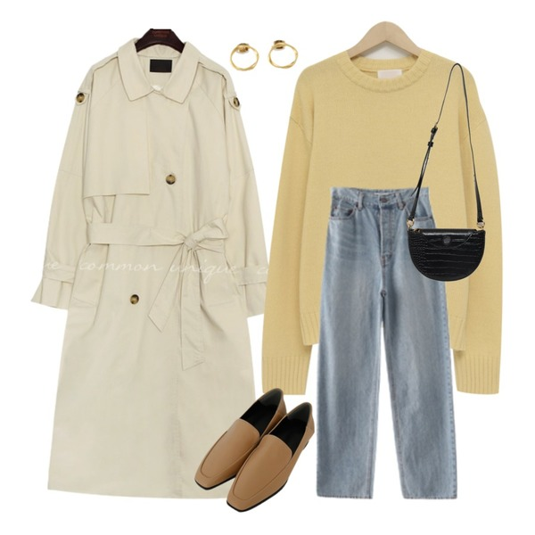 common unique BOSTON DOUBLE TRENCH COAT,AFTERMONDAY button off maxi medium denim,From Beginning Berry round wool knit_U (울 50%) (size : free)등을 매치한 코디