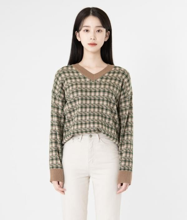 Mood Rose Check V-neck Knit