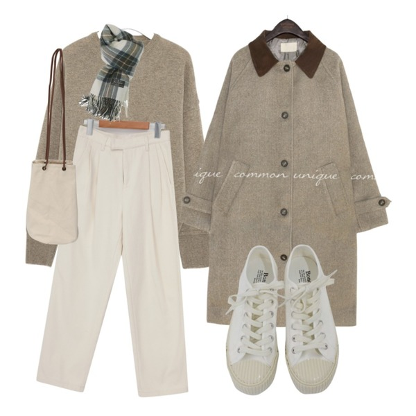 From Beginning Urban warm pintuck pants_U (size : S,M),common unique [OUTER] FOREN CORDUROY COLLAR LONG COAT,AIN sorbet washwool round knit등을 매치한 코디