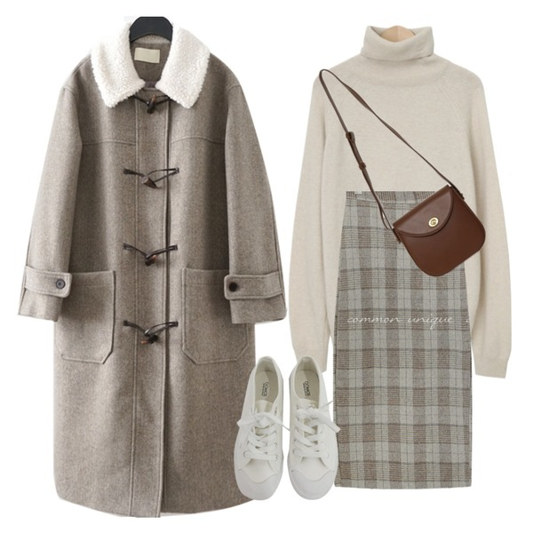 BITDA 버터링 sh (3color),From Beginning Stove pola wool knit_C (울 60%, 캐시미어 5%) (size : free),From Beginning Clack round cross bag_C (size : one)등을 매치한 코디