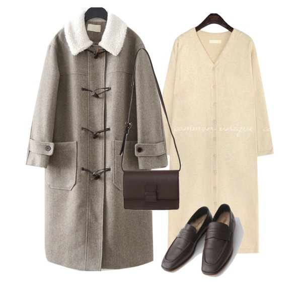 AFTERMONDAY inner fake fur loafer (3colors),From Beginning Lown rectangle bag_C (size : one),AFTERMONDAY dumble detail duffel coat (2colors)등을 매치한 코디