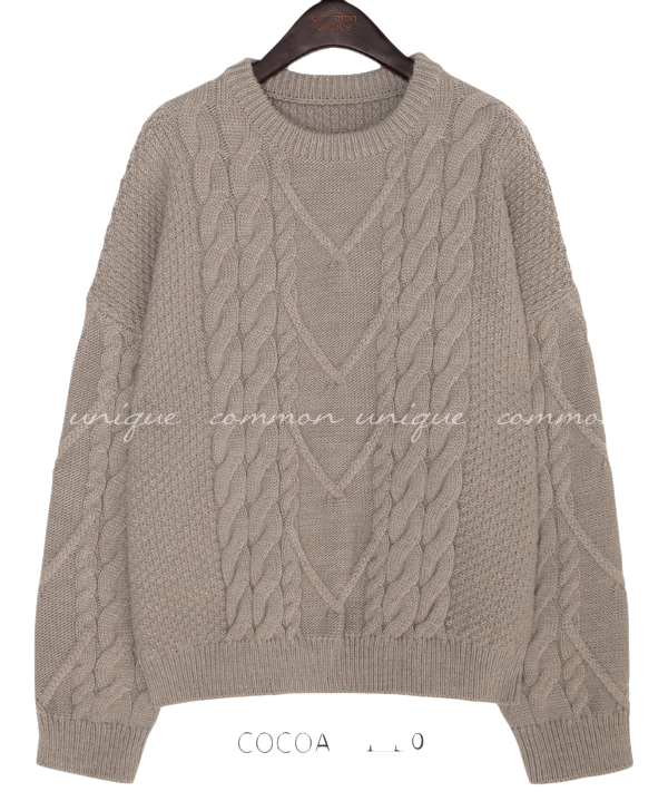 CRUNKY TWIST LOOSE FIT ROUND KNIT