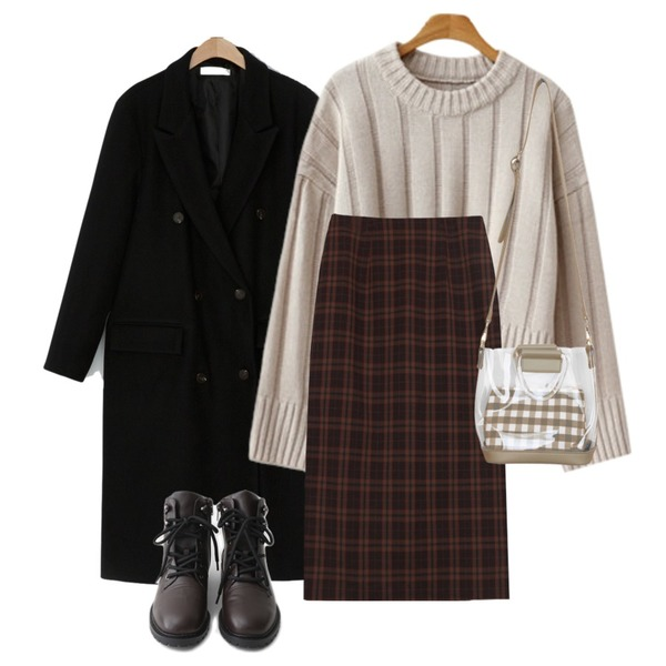 BULLANG GIRL 투명토트미니백,AFTERMONDAY semi-trekking mood walker (2colors),biznshoe Classic check skirts (2color)등을 매치한 코디