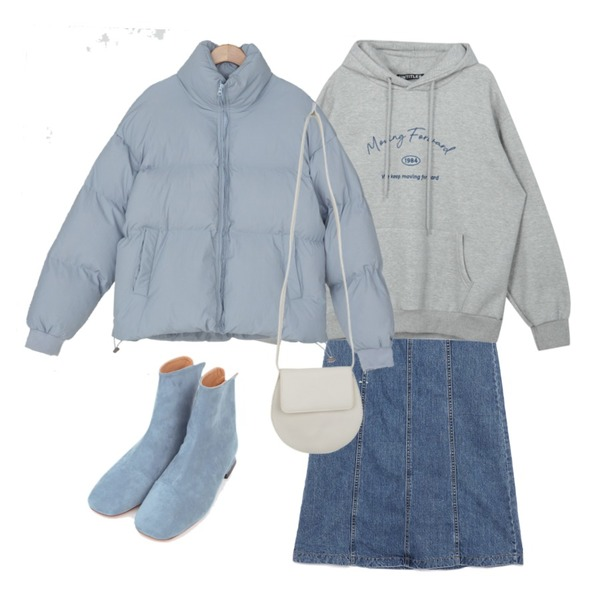 AIN unique color suede ankle boots (230-250),BULLANG GIRL 미닛메이동글백,MIXXMIX Basic Logo Play Hoodie (Grey)등을 매치한 코디