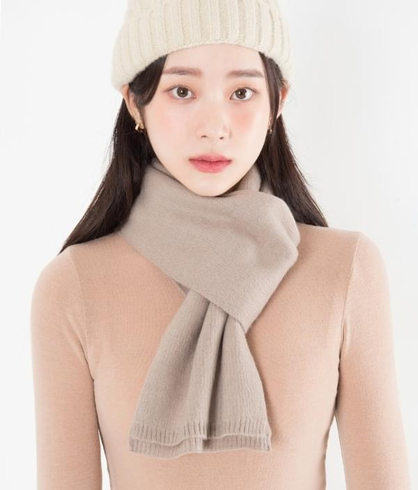 Soft basic knit scarf 配飾