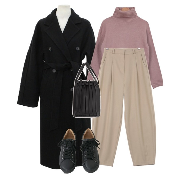 common unique COSTE 2 WAY PLEATS LEATHER BAG,AFTERMONDAY tidy color leather sneakers (5colors),UPTOWN HOLIC 슬러피 pants (*2color)등을 매치한 코디