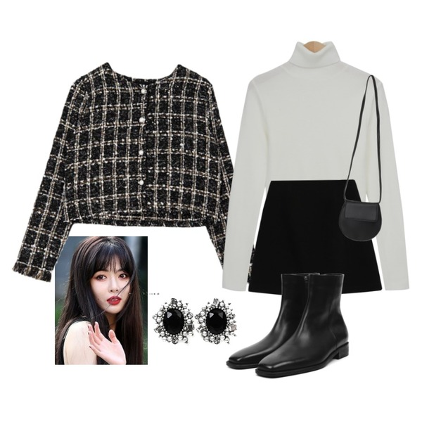 From Beginning Heidi slim pola knit_U (size : free),openthedoor cow hide ankle boots - men,From Beginning Flat round cross bag_A (size : one)등을 매치한 코디