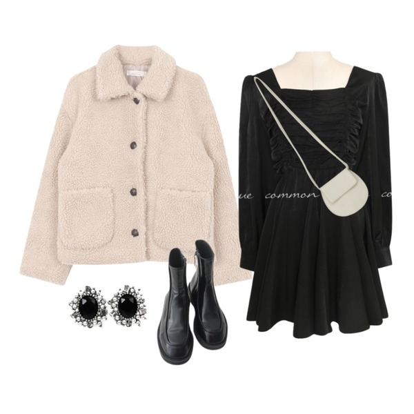common unique SILKY SHIRRING SQUARE NECK MINI OPS,From Beginning Flat round cross bag_A (size : one),AFTERMONDAY glossy simple ankle boots (3colors)등을 매치한 코디